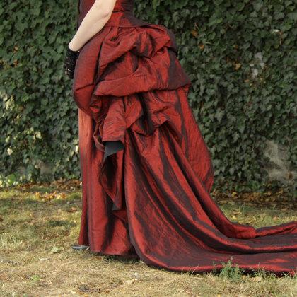 Plesové Viktoriánské šaty