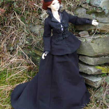 Viktoriánské vycházkové šaty